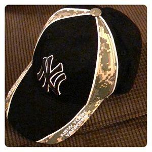 Other - New York Yankees Baseball hat Genuine merchandise